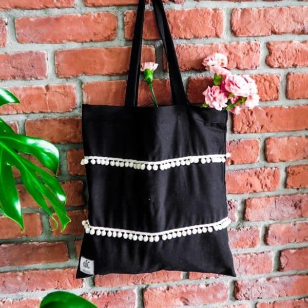 torebka czarna w stylu boho